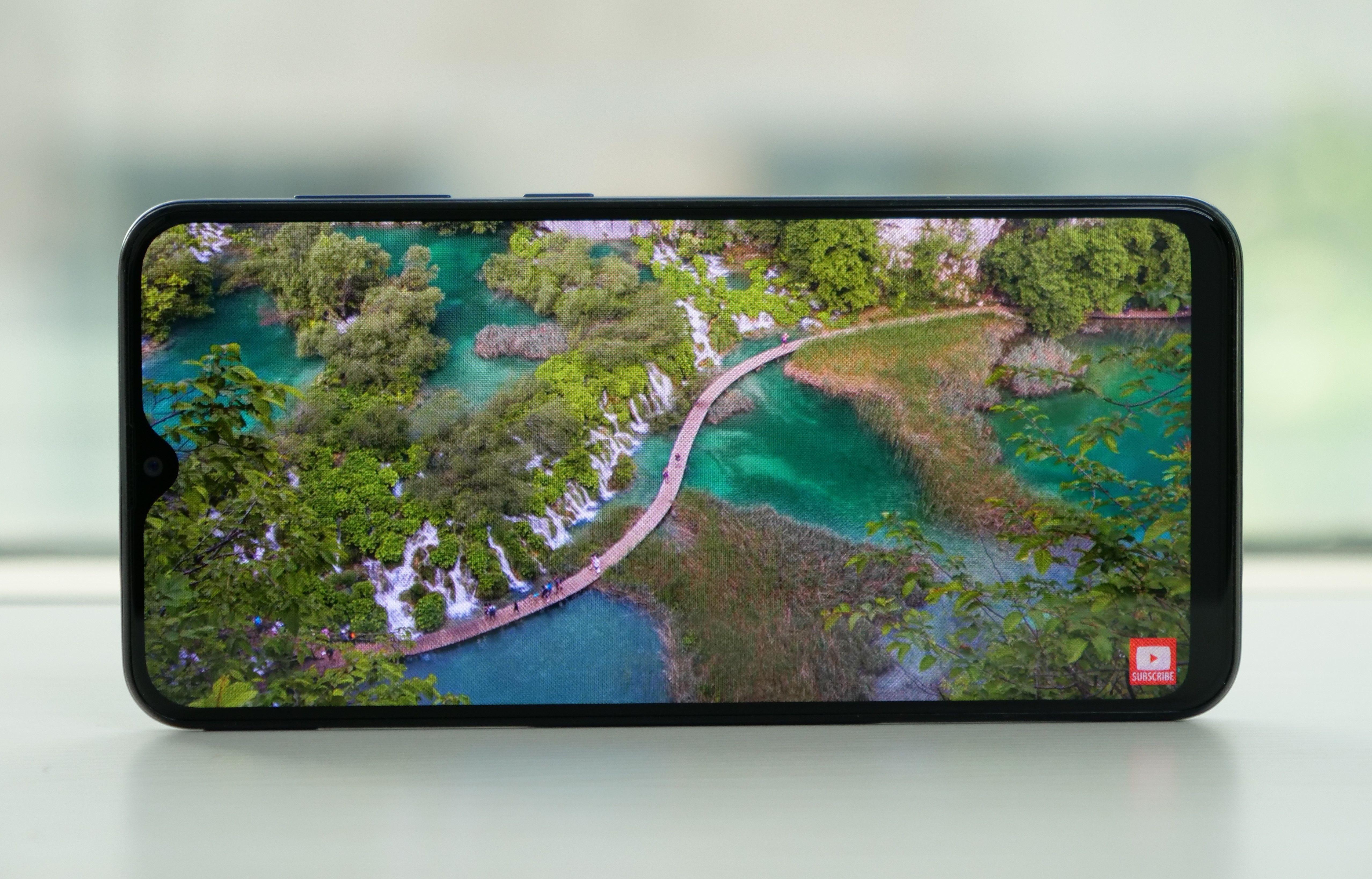 Galaxy A20 Display