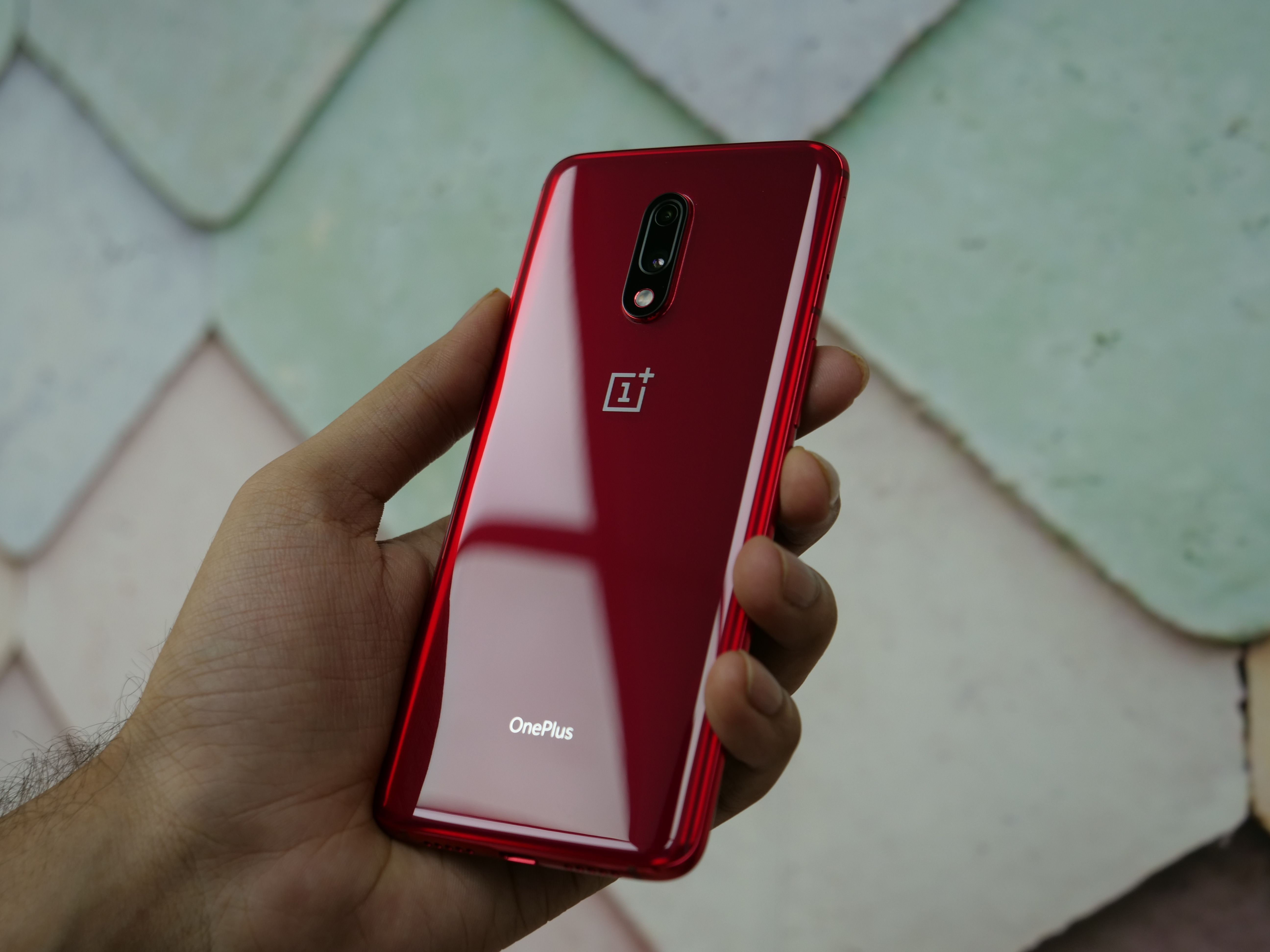 Oneplus 7 review product shot