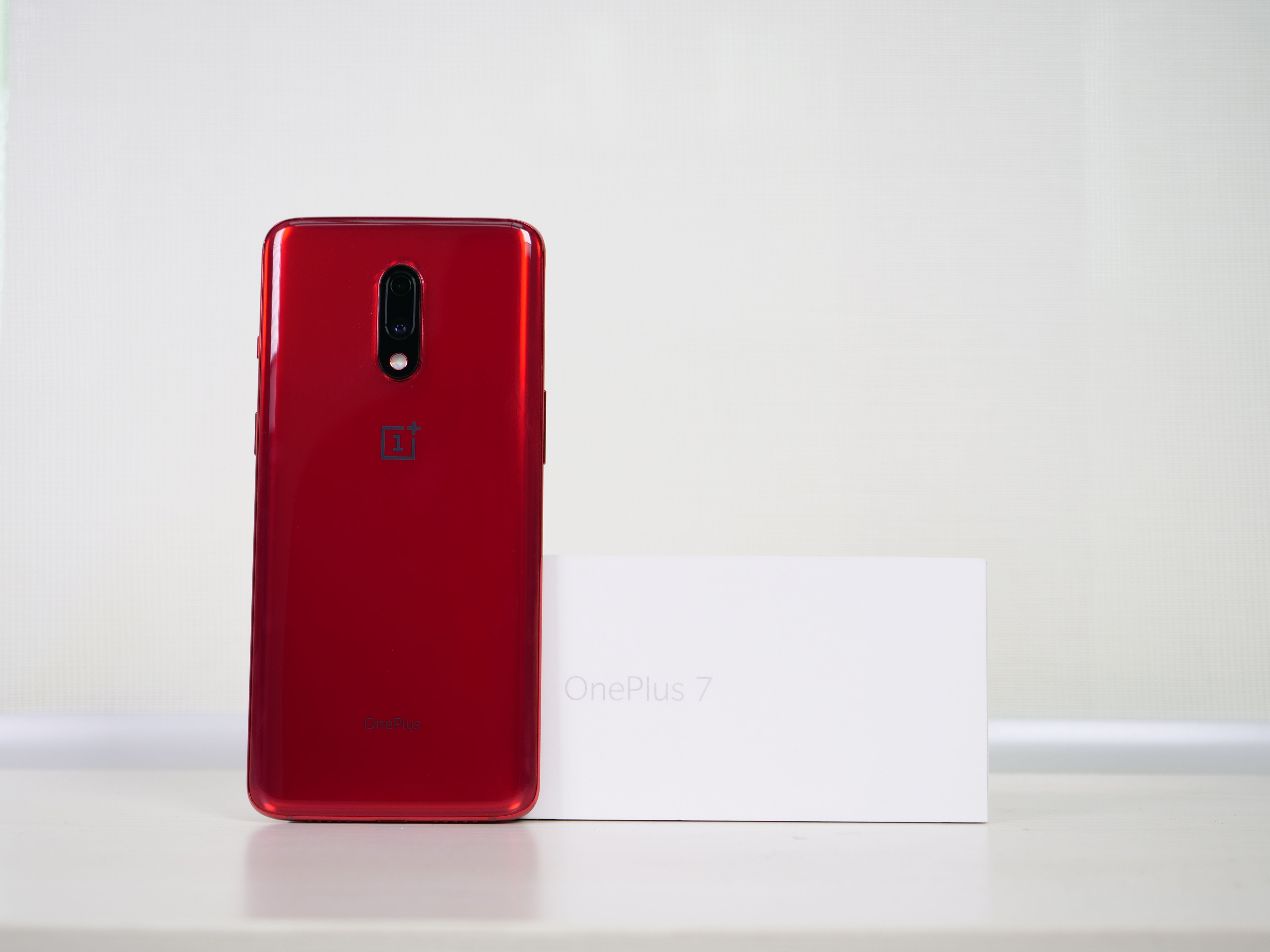 OnePlus 7 Review: The OnePlus Phone We Deserve, but Don't Need Right Now -  MySmartPrice
