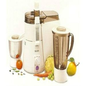 Sujata Powermatic Plus 900W Juicer Mixer Grinder Price in India