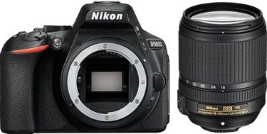 Nikon D5600 DSLR Camera ( With AF-S DX Nikkor 18 - 140mm F/3.5-5.6G ED VR Lens ) Price in India