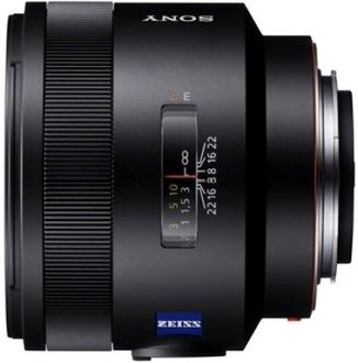 Sony SEL50F14Z Planar T* FE 50mm f/1.4 ZA Lens Price in India