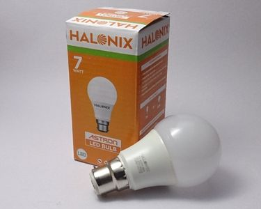 Halonix 7 W LED Bulb White Price in India
