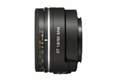 Sony DT 50mm f/1.8 Lens Price in India