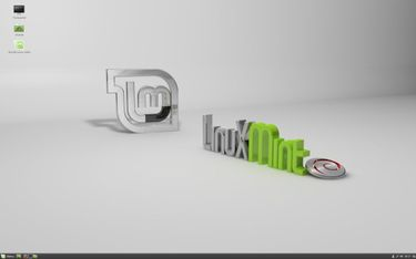 Linux Mint Cinnamon LMDE 2 (64 bit) Operating System Price in India
