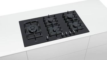 Bosch PPS9A6B90I 5 Burner Auto Glass Gas Cooktop Price in India