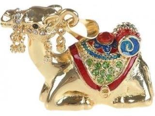 Microware Camel Golden Metal Shape 8GB USB 2.0 Pen Drive Price in India