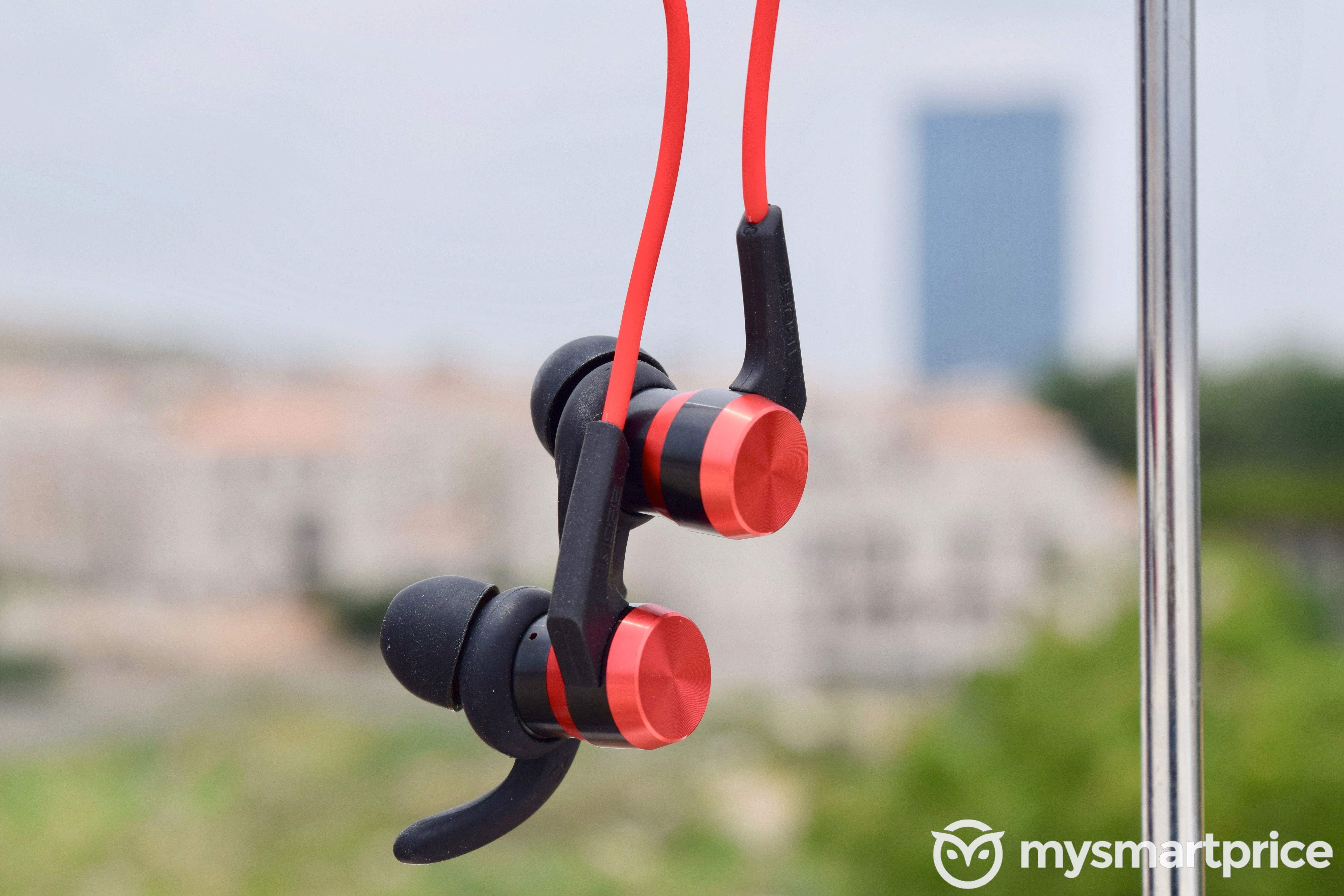 1More iBFree Sport In-Ear Bluetooth Earphones