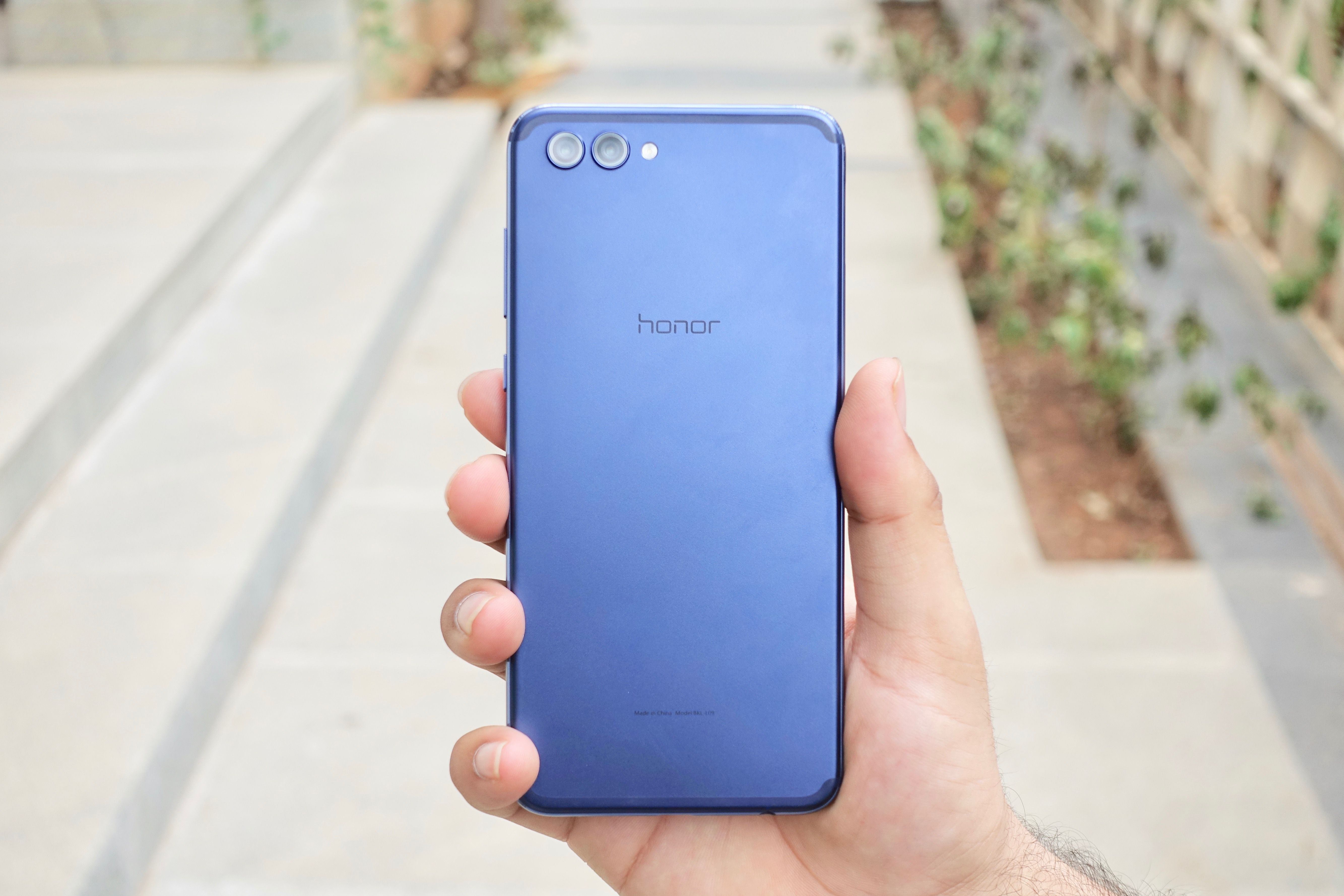 Honor View 10 Build -1