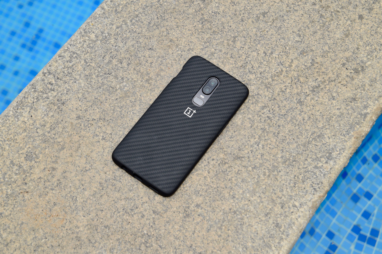 OnePlus 6 Bumper Case Karbon