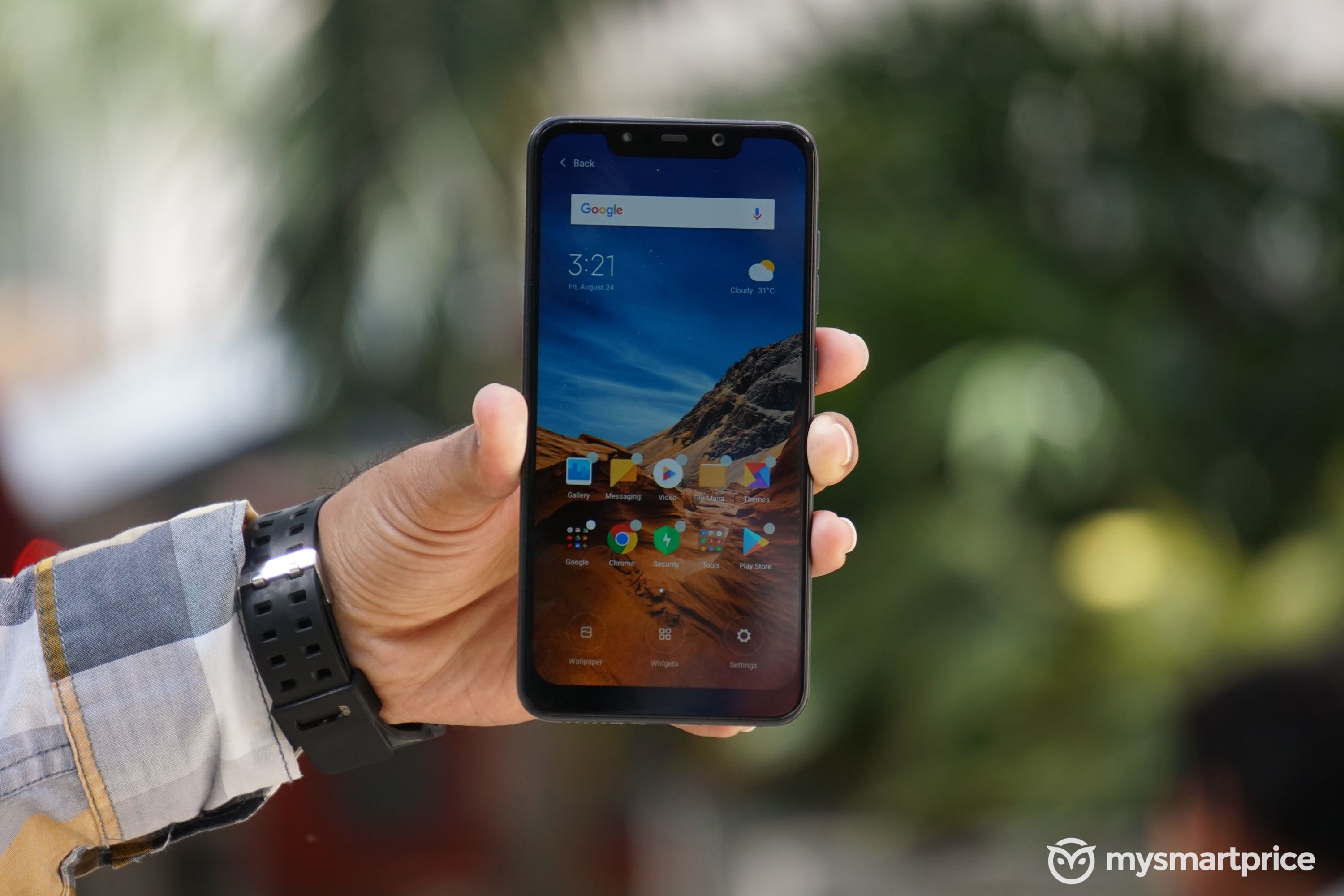 Poco F1 hands on