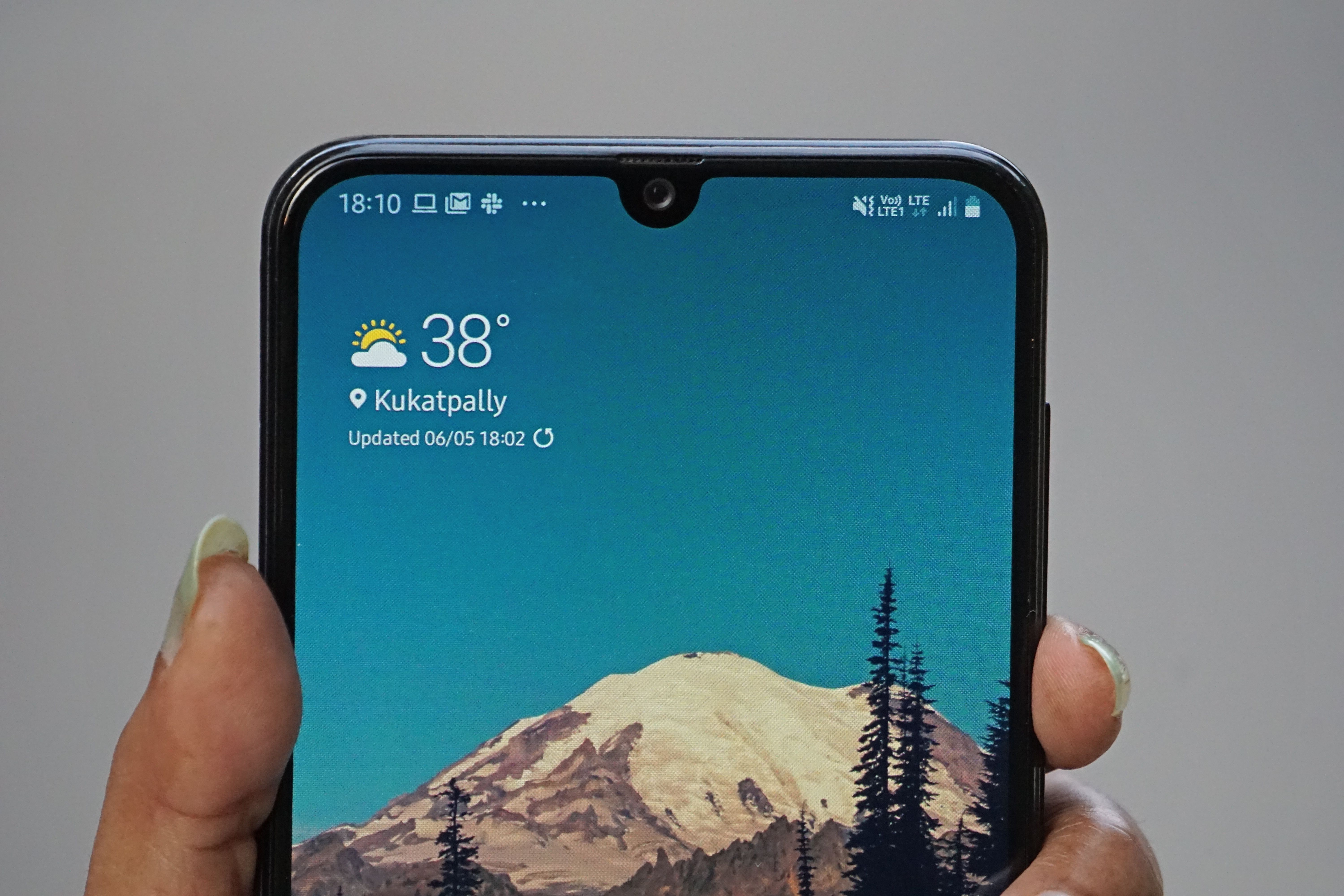 Samsung Galaxy A30 Design 2