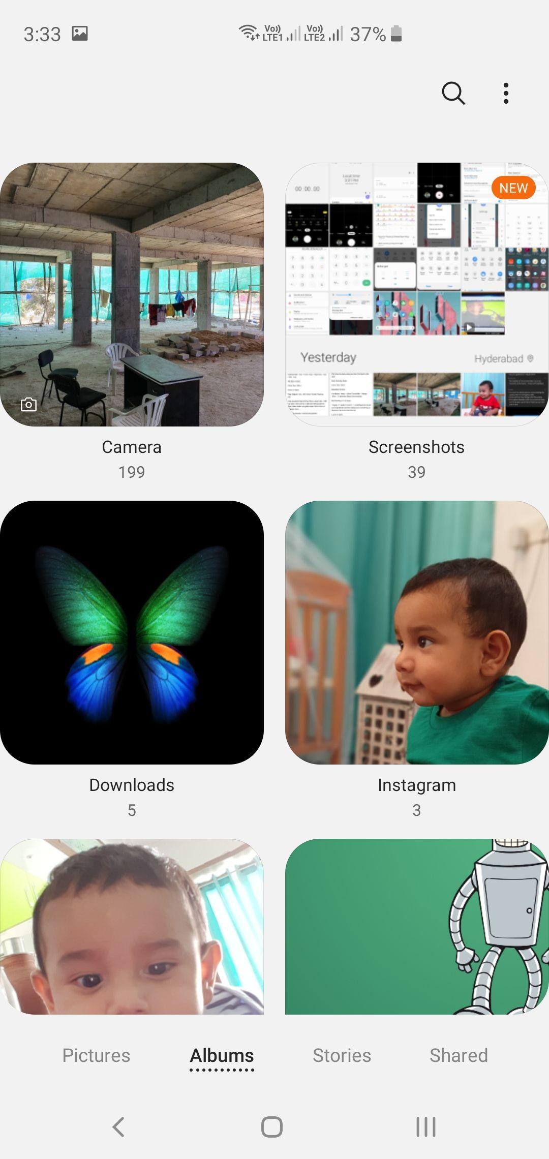 Samsung Galaxy S10+ Gallery App Albums View