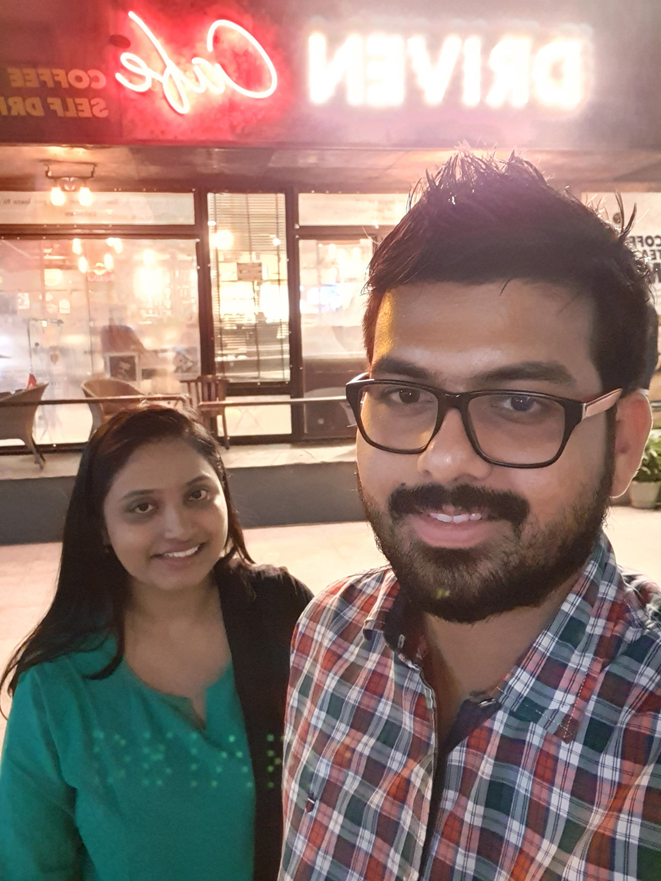 Samsung Galaxy S10+ Camera Sample Group Selfie Low-Light