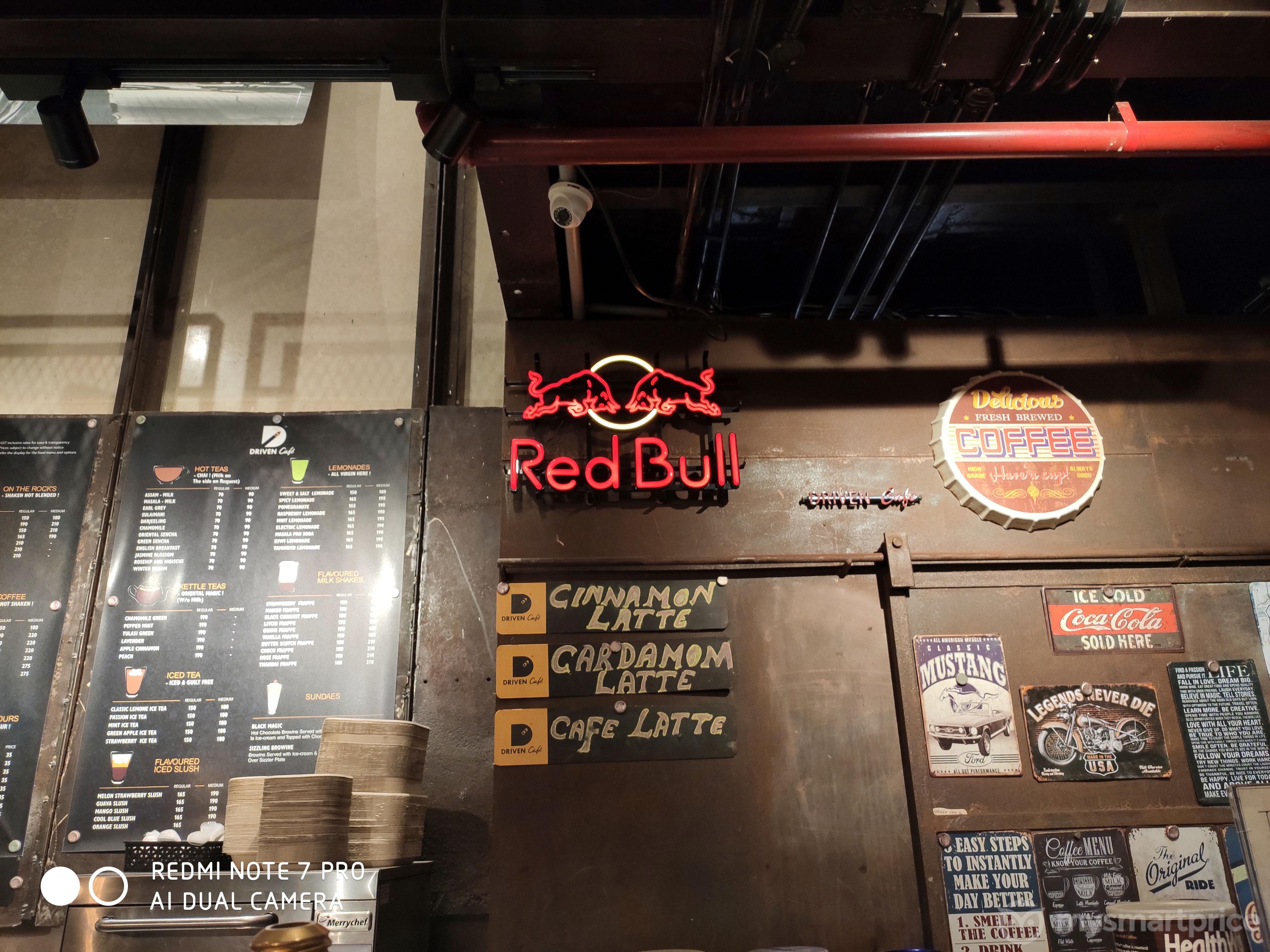 Xiaomi Redmi Note 7 Pro Lowlight Camera Sample 05