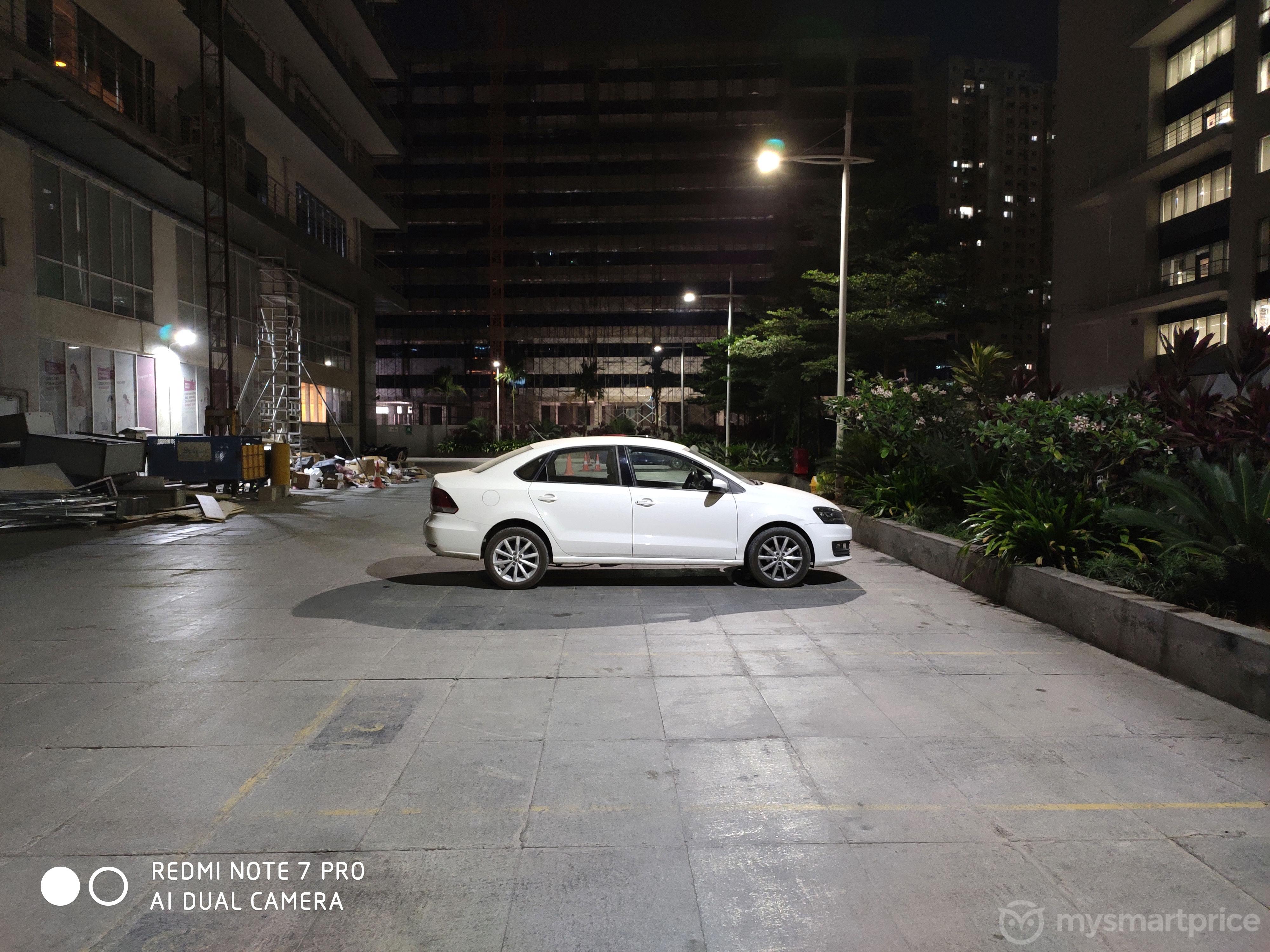 Xiaomi Redmi Note 7 Pro Lowlight Camera Sample 25