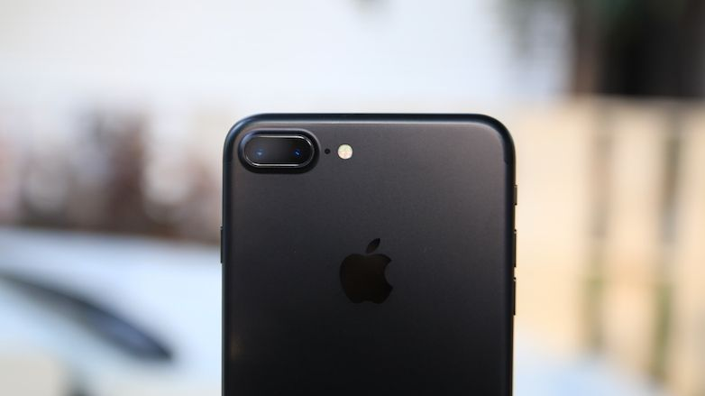 Apple iPhone 7 Plus - Product Image - 50