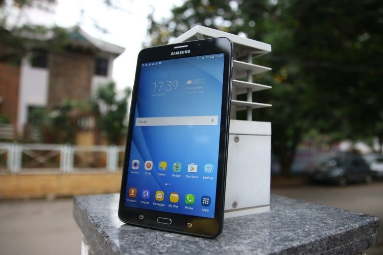 Samsung Galaxy J Max Review: A phone or a tablet?