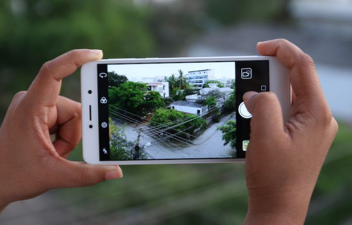 Camera shootout: Xiaomi Redmi Note 4 vs Honor 6X