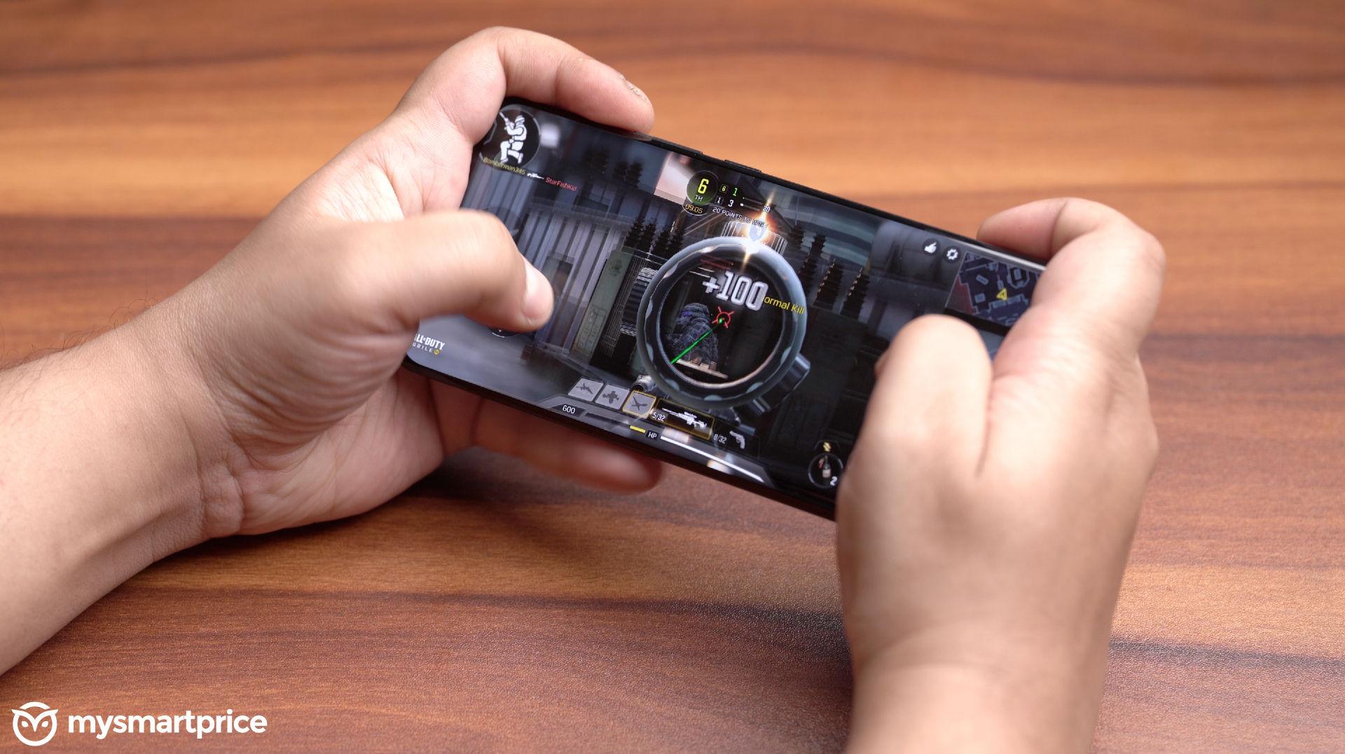 Gaming on the Vivo X60 to explain virtual RAM