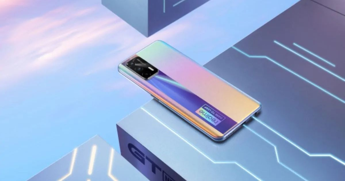 This is not the Realme RMX3161. Image used for representation