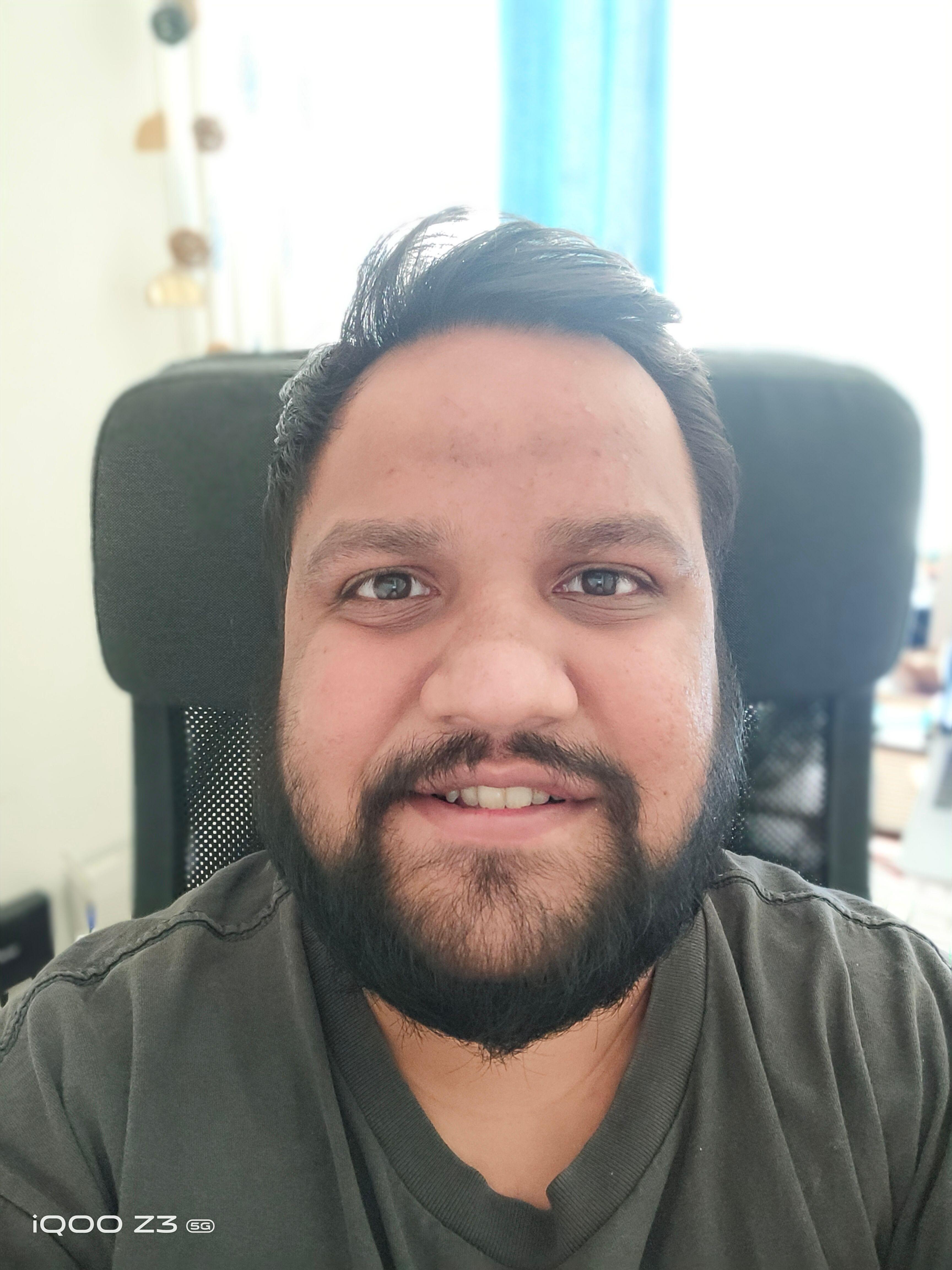 iQOO Z3 5G Camera Selfie